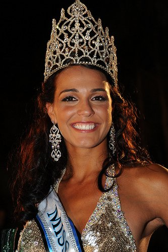 Мисс мира 2009 - Kaiane Aldorino