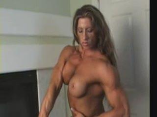 как мышцами играет!