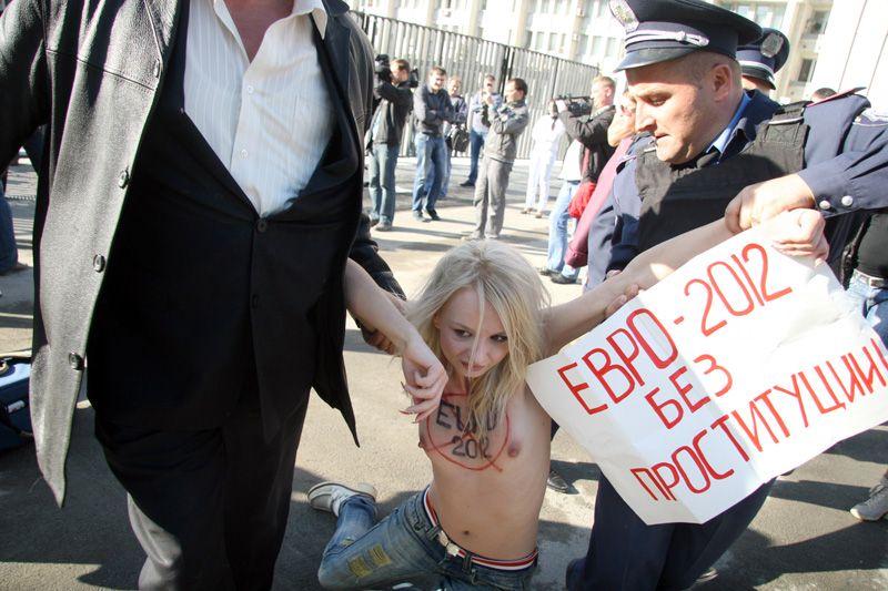 почему они против проституции?