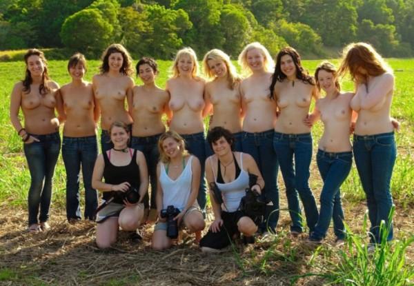 голых девок много не бывает