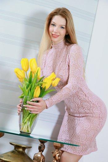 жёлтама тюльпане, вензики разлущки...