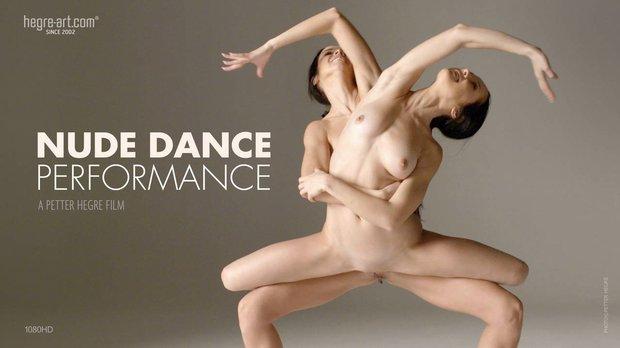 Julietta & Magdalena - Nude Dance
