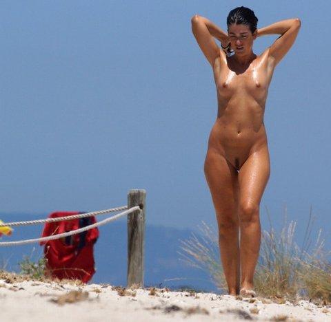 Пляжные девочки 3