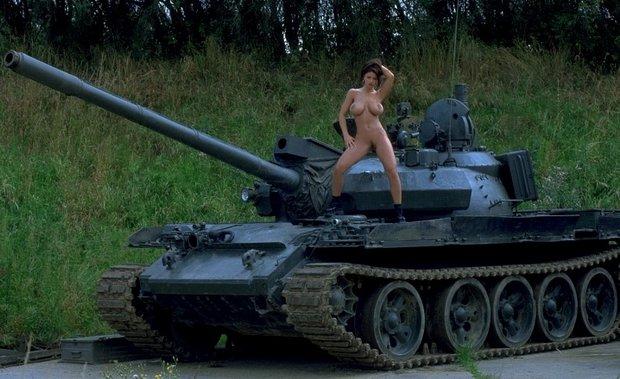 Вчера же День танкиста был
